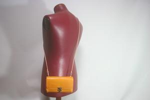 Lamtana-ランタナ- ツートン レザー ミニマルショルダーバッグ クラッチバッグ
