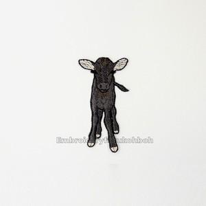 和牛の子牛 牛 刺繍ワッペン