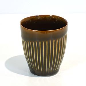 しのぎ彫のティーカップ