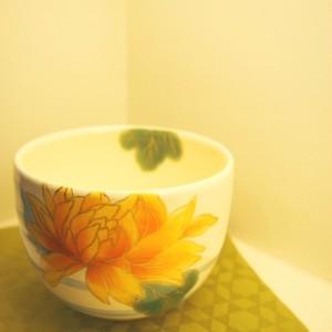 京焼 抹茶茶碗 流水菊 生地白