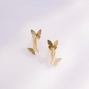 自由な蝶(2匹)イヤリング/片耳