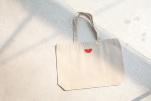 【SOLD OUT】スイカ刺繍トートバッグ(アイボリー)