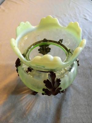 D29-211 ヴァセリンガラス花器