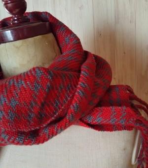 手織りチェックマフラー 赤 931