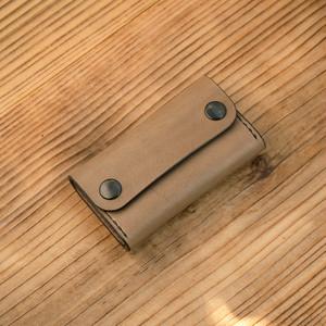 カードケース(名刺入れ):ベジタブルタンニンレザー グレー(ダールブラック鍍金仕様)