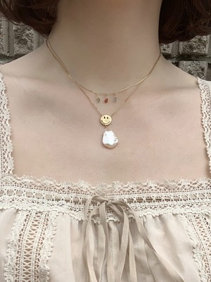 Enasoluna  Elegant smile necklace