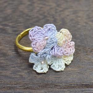 小花のリング