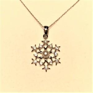 パールペンダント 雪の結晶(SIL) 40cm