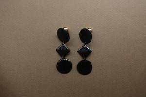 black ○◆○