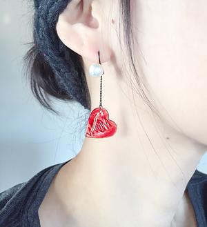赤い糸ピアス / イヤリング  (2way)