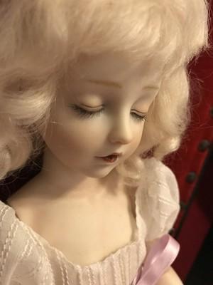 【ご予約済み】田崎準子作 眠り目少女 球体関節人形(オールビスク)