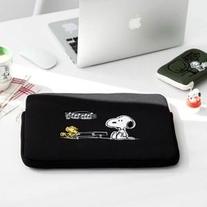 【韓国限定】peanuts snoopy notebook pouch 13inch 15inch 4types / ピーナツ スヌーピー ノートブック パソコン PC ポーチ ケース 公式 韓国雑貨