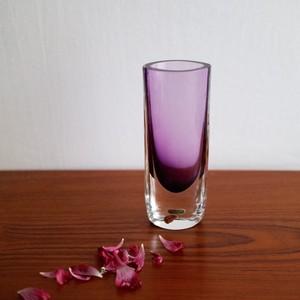 Smalandshyttan / スウェーデン ガラス ヴェース パープル