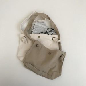 111. shoulder bag