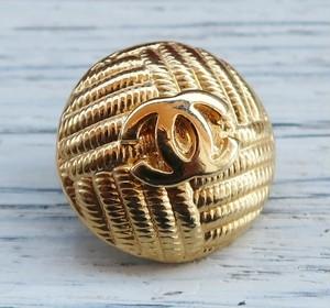 806-2 CHANEL(ヴィンテージ シャネル) COCOマーク デザイン ボタン ゴールド