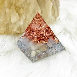 ミニピラミッド型オルゴナイト ブルーレースアゲート&ムーンストーン