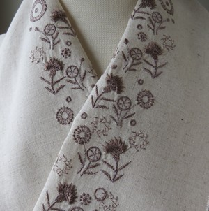 半衿・カーネーションと野の花小花・ナチュラルブラウン