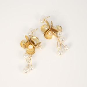 E-89 Brass Pearl Flowerピアス
