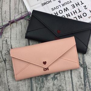 【バッグ】可愛いハートホックアカヌケ機能的レザー長財布