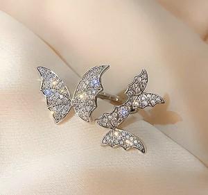 3匹の蝶リング