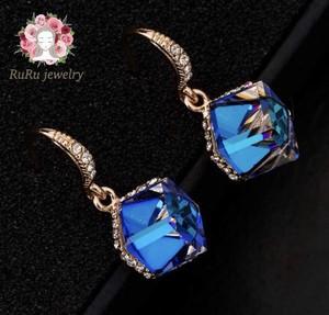 Tempest luxury hook(pierce)