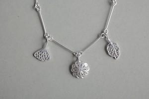 Hakobera(繁縷) - Bracelet / Silver