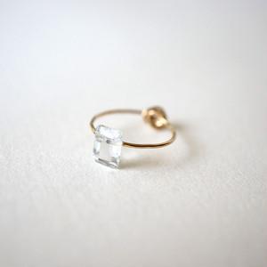 Crumple&stone ring