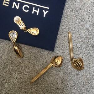 Givenchy vinatge gold earrings