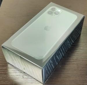 未開封 香港版 iPhone 11 Pro 64GB GREEN