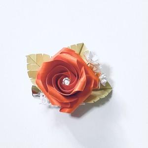 バラ折りブローチ(小)オレンジ・橙色
