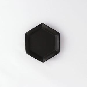 HAJIYOSHIDA(ハジヨシダ)六角黒花皿 ブラック(小)11,6 x 10,2cm 陶器 小皿 和菓子皿 食器 テーブルウェア  土師吉田