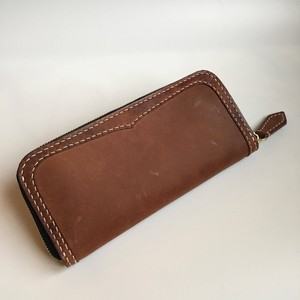 Round -long wallet-