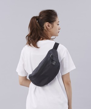 【KiU / キウ】WATERPROF BODY BAG