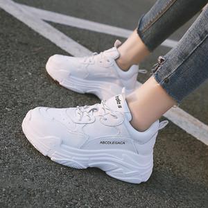 【shoes】合わせやすいスポーツ視線集中無地人気厚底スニーカー13974389