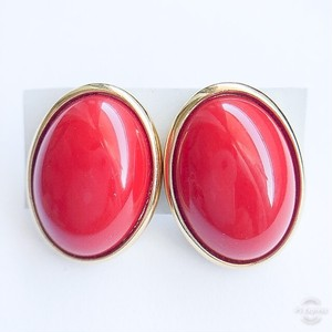 """Trifari"" red pierce[p-572]"
