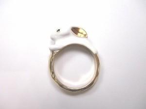 白うさぎの指輪
