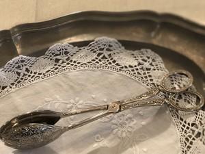 ブロカント  装飾の美しいトング