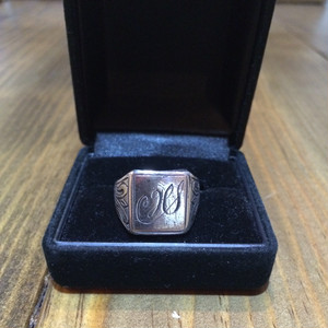 60's Initial Ring
