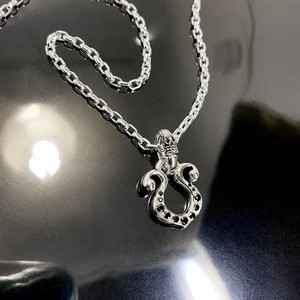 RHYTHMIC HORSESHOE with BLACK DIAMOND NECKLACE / リズミックホースシュー・ブラックダイヤモンドネックレス