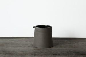 スコットランドの陶芸家【JONO SMART / ジョノスマート】Coffee Cup コーヒーカップ (BLK)