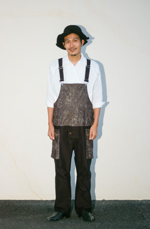 Men's / OVERALLS with paisley fabric