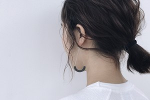 S - HOOP PIERCE / EARRING 【CHARCOAL】