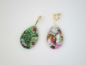 色と光のドロップ片耳イヤリング。 Color drop (Multi-bijou/Green forest)