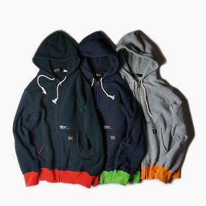 "UNRIVALED ""WSZIP-HOODED"""