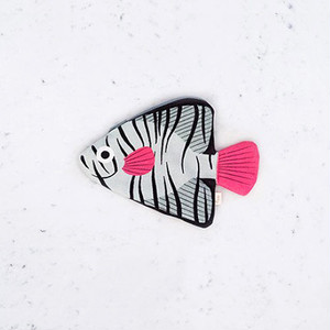 再入荷《魚/深海魚》 おさかなポーチ DON FISHER ドンフィッシャー Aqua BATFISH バットフィッシュ オーストラリアの深海魚 スペイン 輸入雑貨 グリーン×ピンク