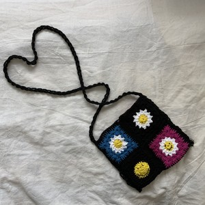 Granny square smile flower bag