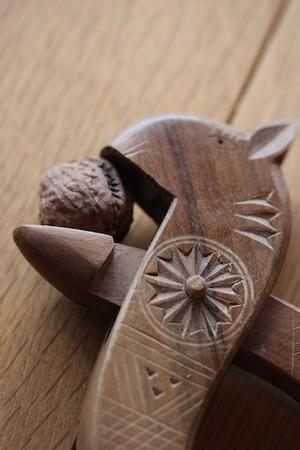 木製 くるみ割り