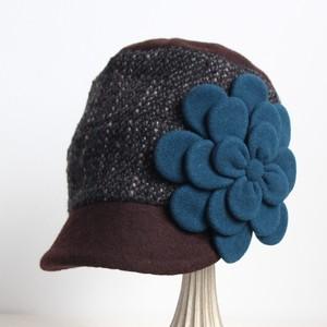 小ぶりな切り替えキャスケット/青碧の花