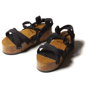 【FILL THE BILL】《WOMENS》WOOD PLATFORM SABOT - BLACK