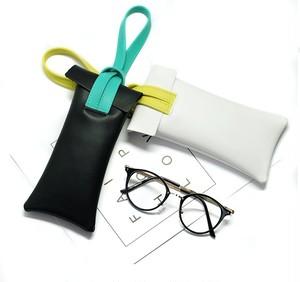 送料無料 kawauso【iphone カラフル 小物収納袋 携帯サイズ(黒)】メガネケース 合皮 レザー 革 革製